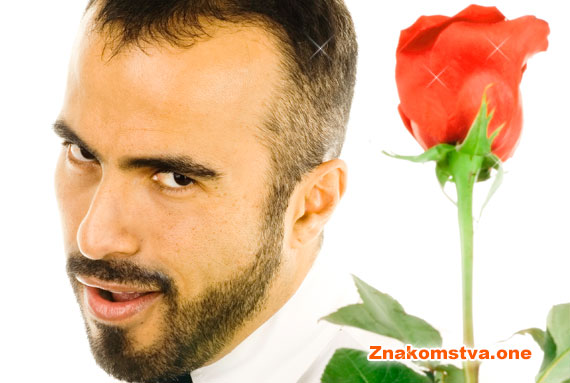мужчина на фото сайта знакомств оне